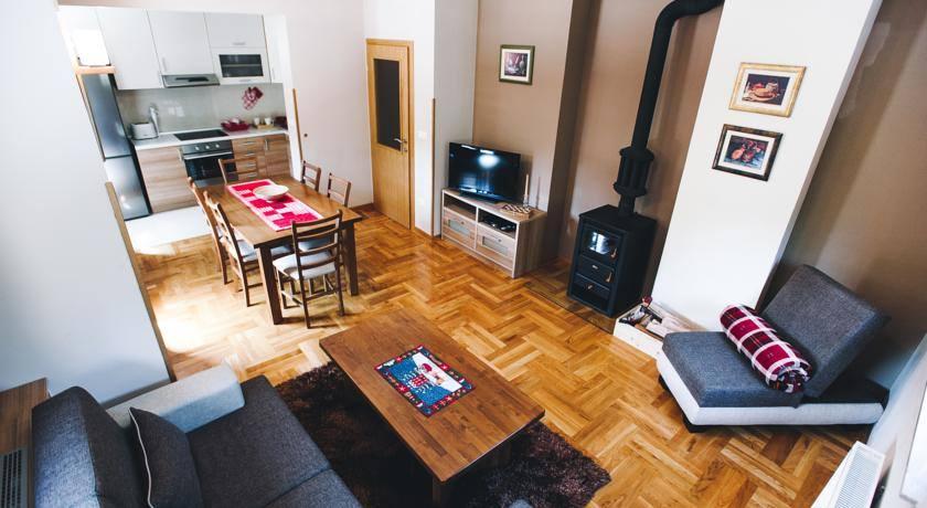 03062016-apartmani-risovac