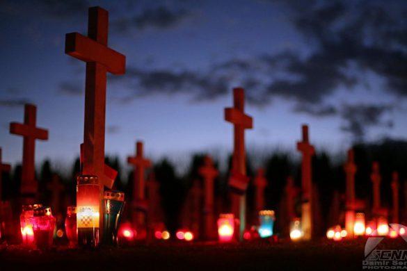Vukovar, 18.11.2014 - Povodom Dana sjeæanja za žrtve Vukovara graðani su na  Memorijalnom groblja žrtava iz Domovinskog rata zapalili svijeæe. Na slici Memorijalno groblje u Vukovaru u sumrak. Canon EOS 5D Mark III, Canon 50mm f1.4 USM 1/50sec, f1.4, ISO 3200 ASA