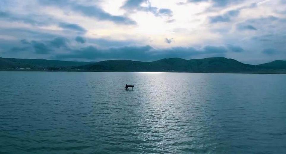 28032017-pjesma-jezero